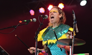 Tune-Yards glastonbury merrill garbus